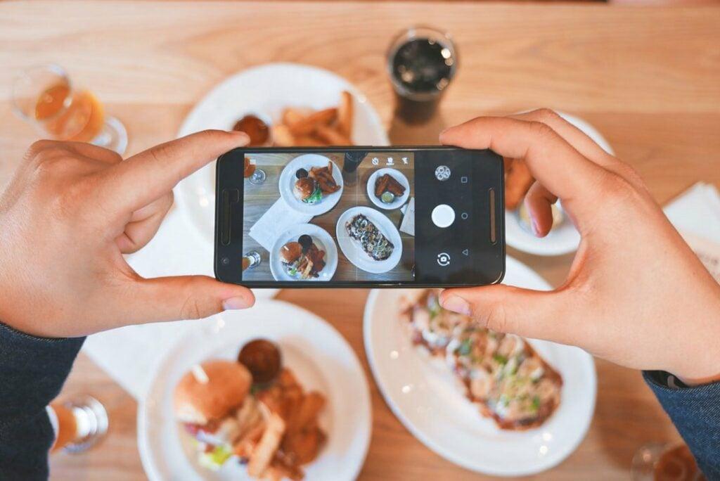Restaurant Marketing 101: 9 Simple Steps for Your Restaurant